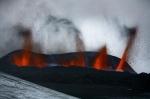 Erupcion del volcan Eyjafjallajokull en Islandia 1