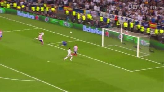 UEFA 2014 - DECIMA 175