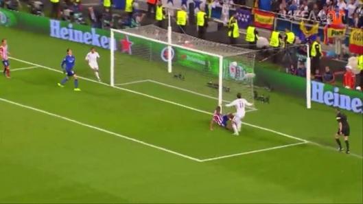 UEFA 2014 - DECIMA 188