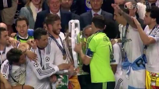 UEFA 2014 - DECIMA 242