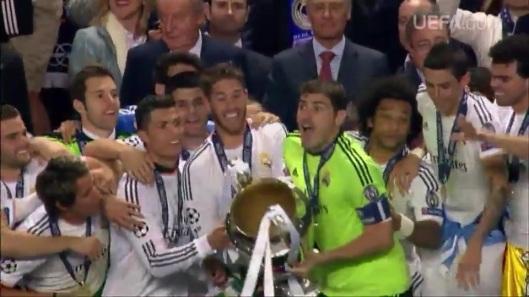 UEFA 2014 - DECIMA 251